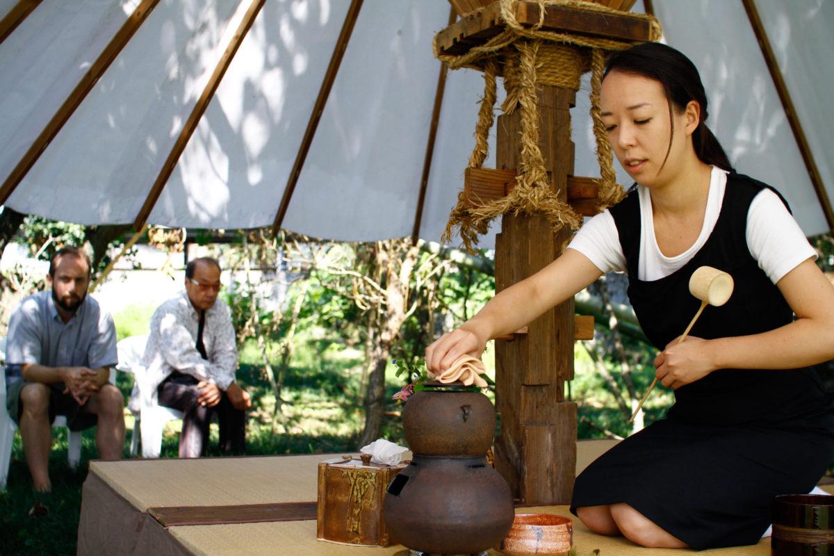 Tea Ceremony Fuyuko Kobori and Kjell Hahn Art Exhibition and Residency Kanna Fall Art Festival Onishi Japan