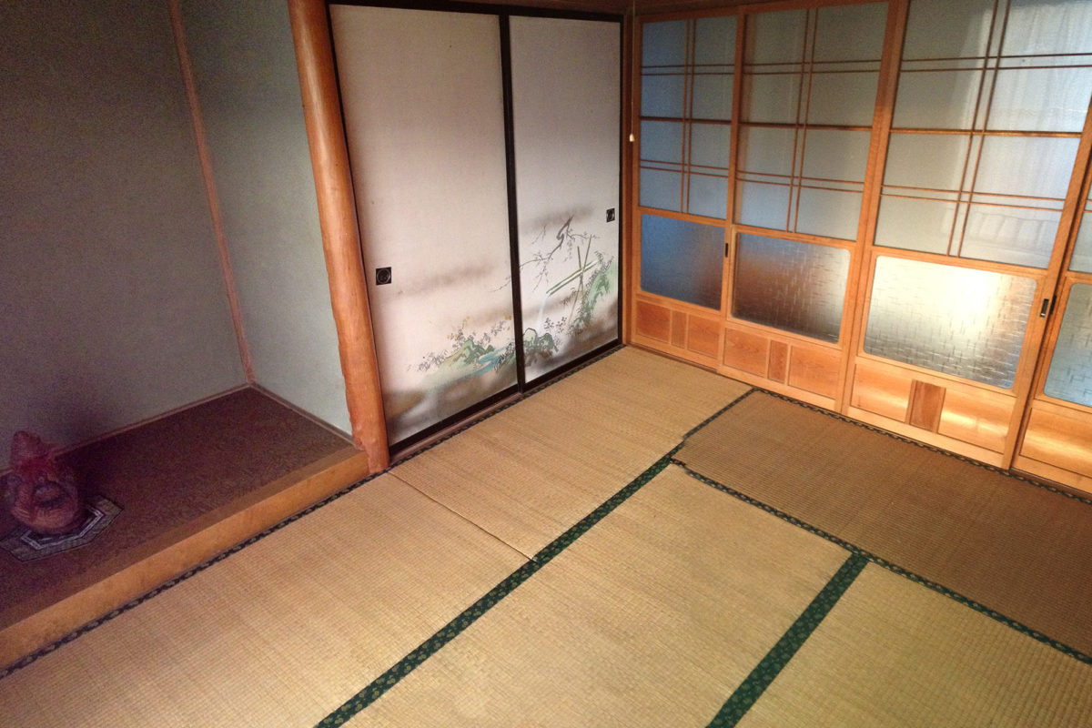 Art-Residency-Shiro-Oni-Japan-Artist-House-Bedroom-02