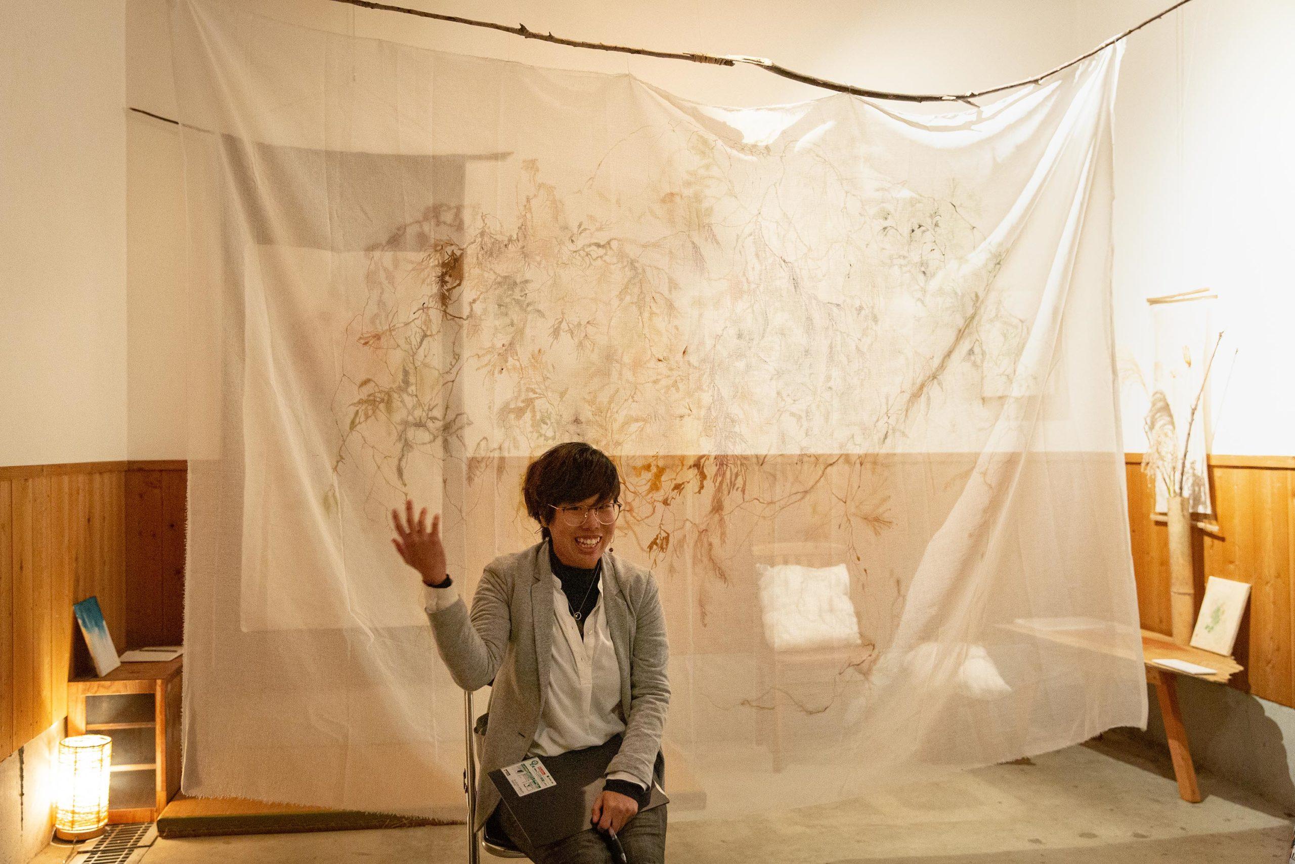 Taiwan artist chika-wang gives artist talk in Onishi Japan